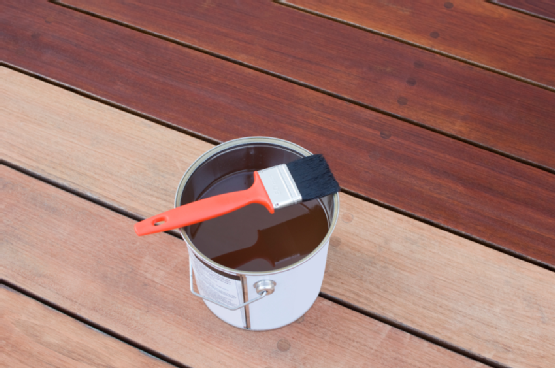 deck staining and fence staining in the the Scehenectady NY, Albany NY, Troy NY